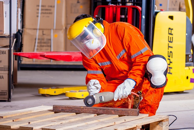abbigliamento da lavoro dpi